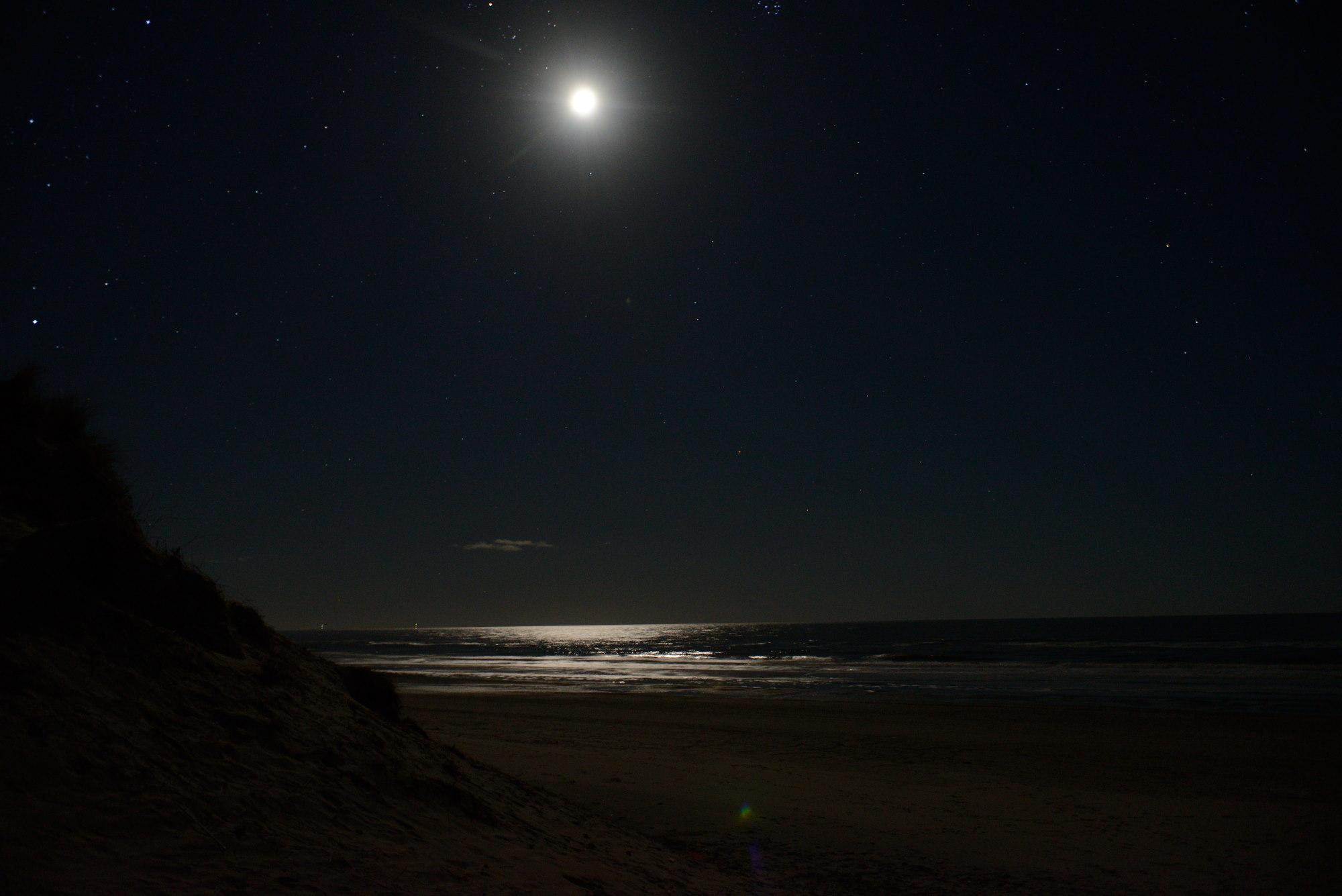 Blokhus Måneskin i havet